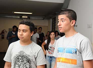Cecília Bastos / Jornal da USPOs amigos Bruno Santos Silva e Brad Alex