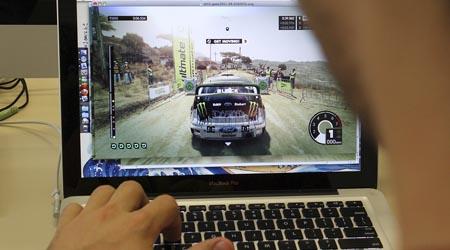 """Foto: Marcos Santos / USP Imagens Segundo o pesquisador, jogos são """"o paraíso"""" para quem está trabalhando com tecnologias adaptativas"""